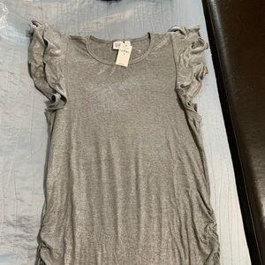 Gap maternity shirt